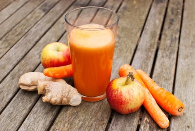 Juice with vegetables and fruit.